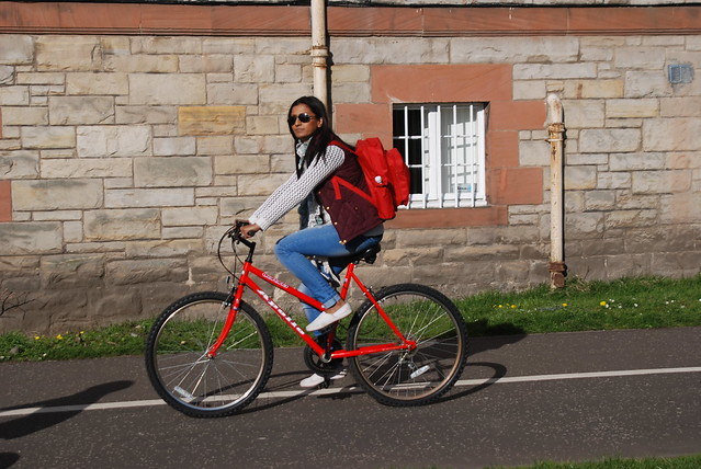 Red, match your bag with with your bike