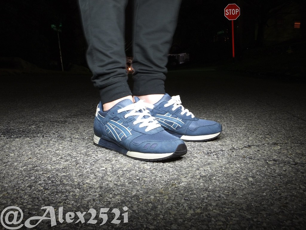 ... Ronnie Fieg x Asics Gel Lyte III Navy-Aqua On Feet  f6e6a2bdb2