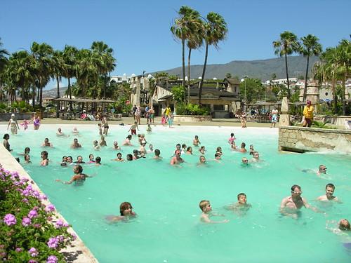 Wave Pool, Aqualand