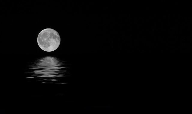 Acqua dalla Luna
