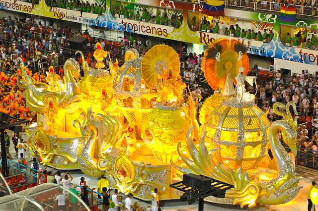 Rio's Carnival: Sao Clemente12