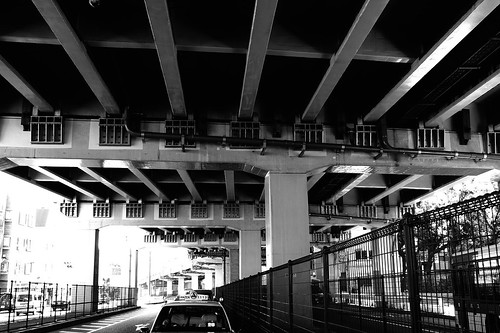 首都高5号線 / Under the Metropolitan Expressway
