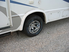 """16"""" Ultra Goliath (023 Series) Dually Wheels and Michelin LTX tires on a Chevy / Four Winds RV"""