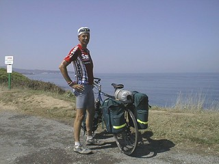 Yan, Dutch cyclist near Spain