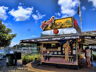 Harry's Cafe de Wheels 의 이미지. heritage history café architecture de point geotagged bay elizabeth cross tiger wheels sydney harry australia kings nsw edwards hdr potts c1930 harry's thinkingmedia geo:lat=338692732444026 geo:lon=15122116591055487