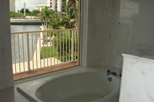 Sans Souci Estates, North Miami