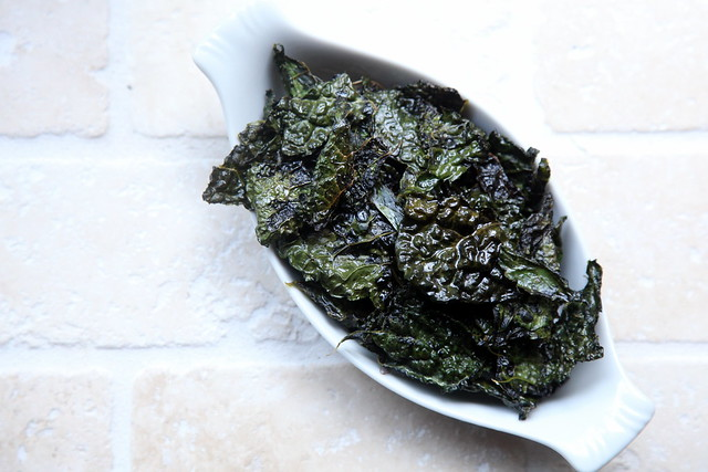 Salt and Vinegar Kale Chips 1