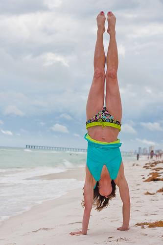 Handstand Lisa