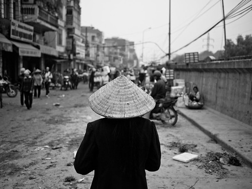 High Noon, Long Bien Bridge Market - Hanoi