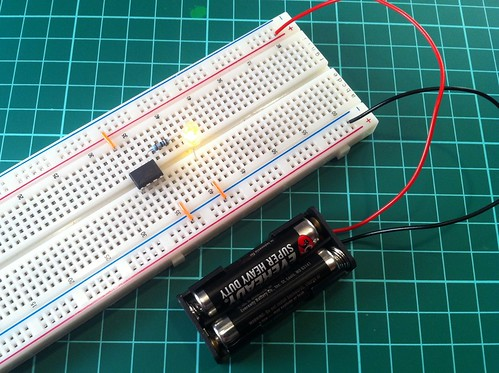 Testing ATTiny with Battery