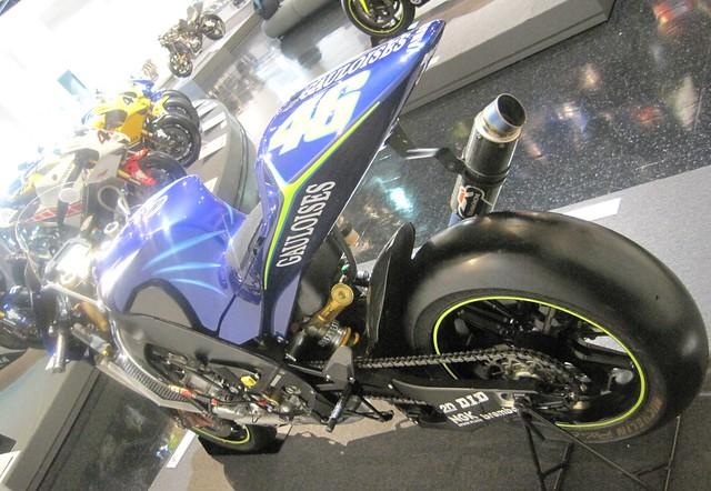 2004 YAMAHA  YZR-M1(OWP3)#46 Valentino Rossi