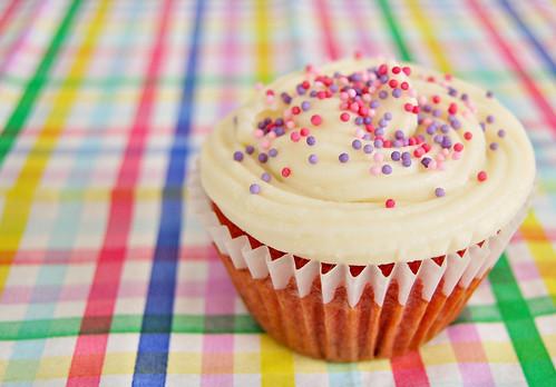 Easy Red Velvet Cupcakes