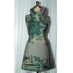 high_collar_Dress