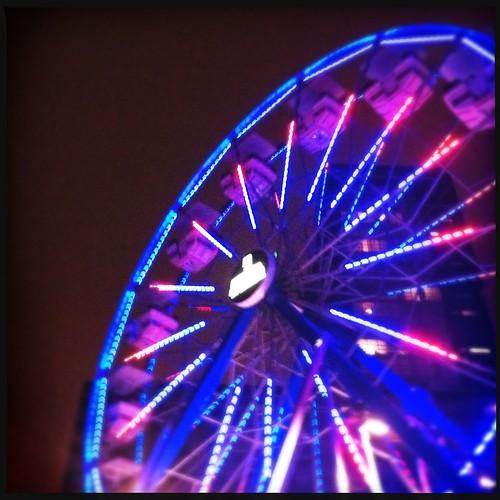 The ferris wheel at Place des festival