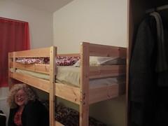 furniture(1.0), room(1.0), bed(1.0), bunk bed(1.0), bedroom(1.0),
