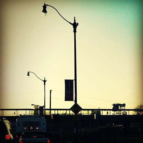 #dusk #sky #commute #silhouette #cta #chicago #igerschicago
