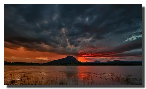 lakemoogerah queensland australia mountgreville hdr oloneophotoengine sunset storm clouds canon7d sigma1020 saariysqualitypictures