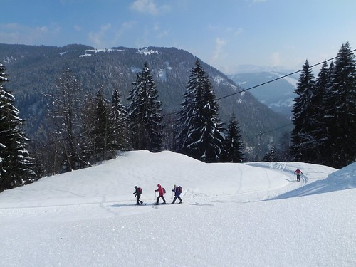 8 Montée sur une piste de snowscoot