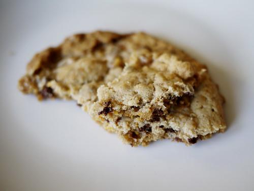 02-13 cornflake/chocolate chip/marshmallow cookie