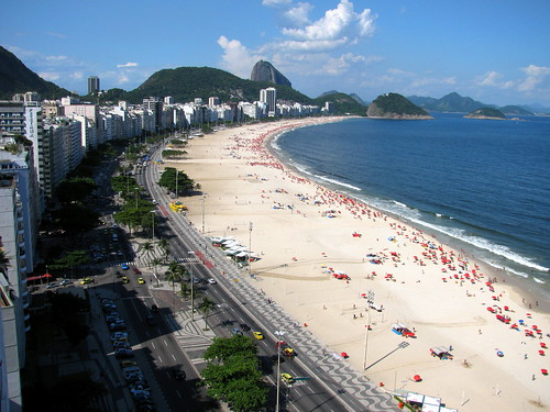 Playa Copacabana by Miradas Compartidas