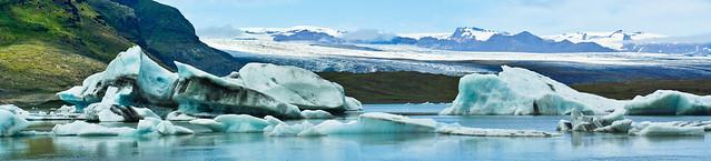 Iceberg lagoon vista