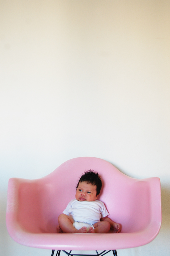 glow and her pink chair