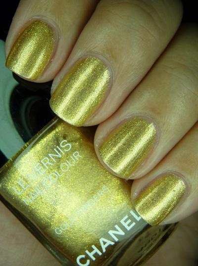 chanelgoldfingers34