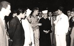 مع عبد الكريم قاسم والحسيني