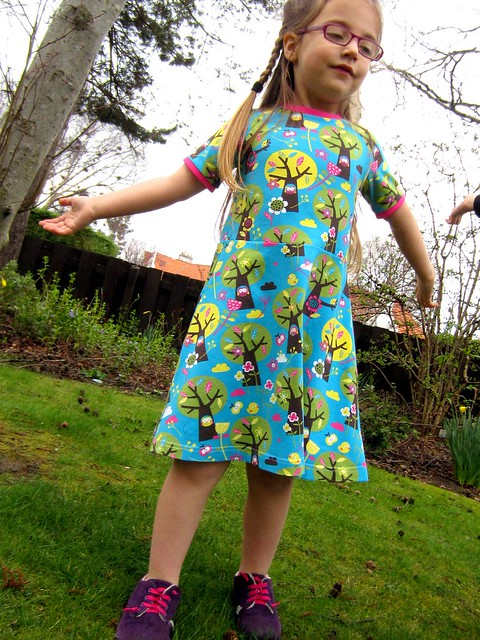 appletree dress 20