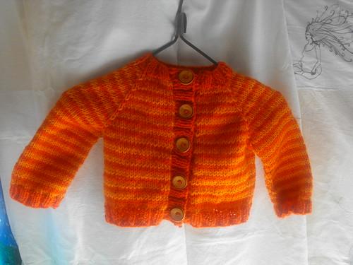 Suéter naranja mandarina