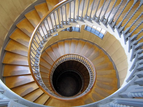 SpIral Staircase Heal's