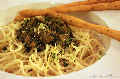 Pesto and Cream Spaghetti P280