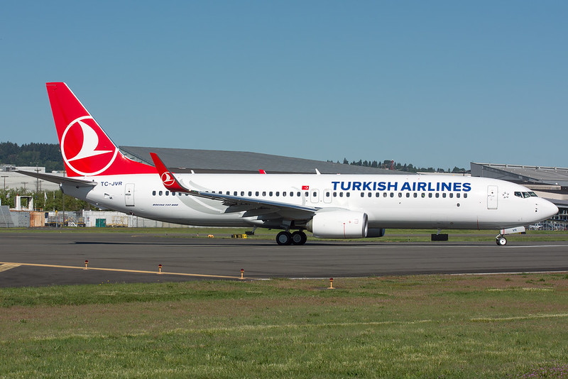 Turkish Airlines Boeing 737-800 TC-JVR