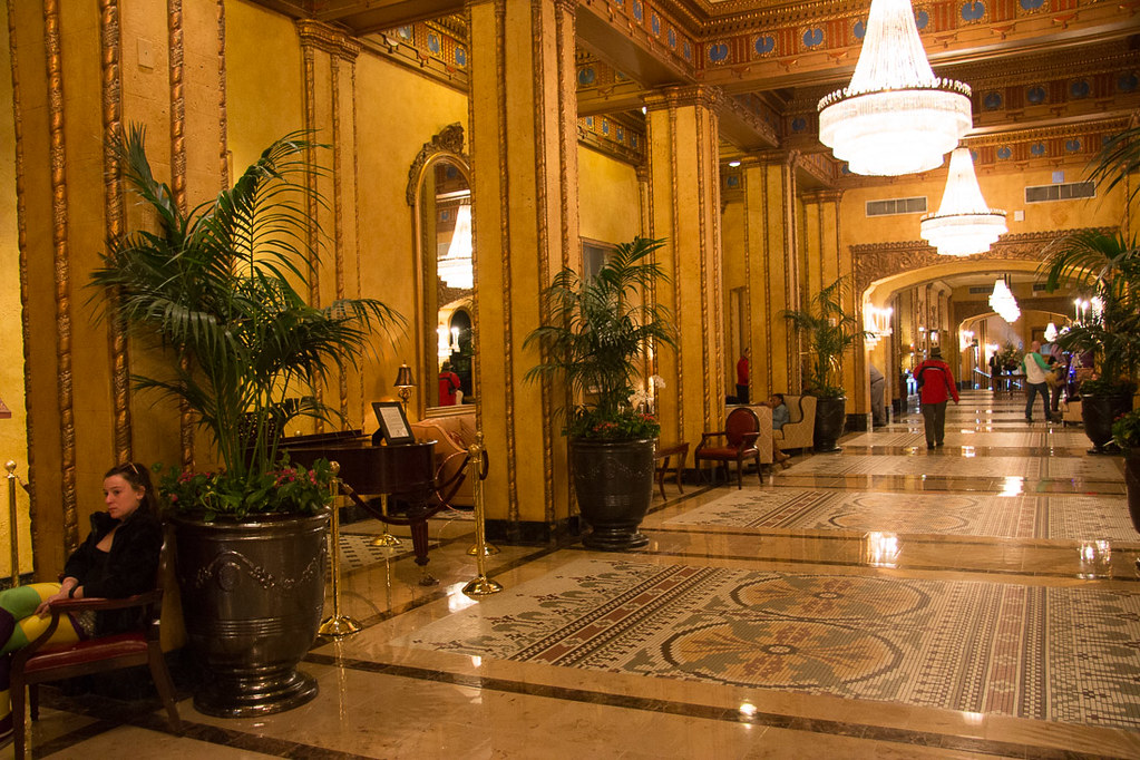 Lobby at Roosevelt New Orleans
