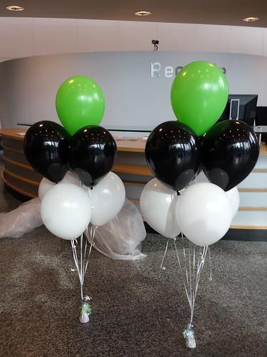 Tafeldecoratie 7ballonnen Deloitte