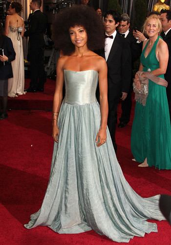esperanza-spalding-84th+Annual+Academy+Awards+2012+Arrivals+Group+j_ayFo-DU55l by foxessa09