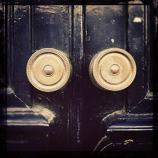 iSeeThings #iphoneography #urban #street #door #detail #lisbon