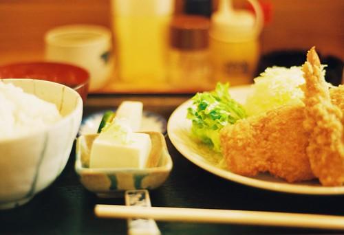 ミックスフライ定食