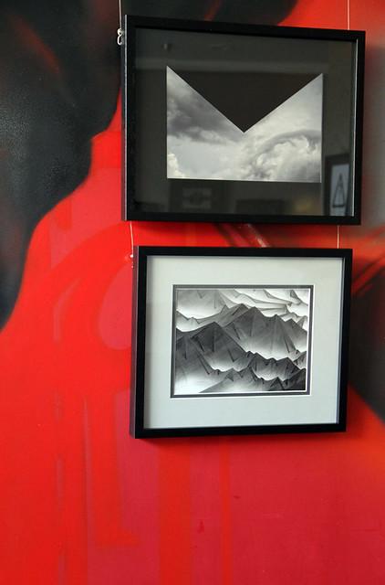 FICCIONES Y REALIDADES Y PAREIDOLIAS - EXPOSICIÓN DE FOTOGRAFÍAS DE JUANLUISGX - VINOTECA LA BUENA VIDA