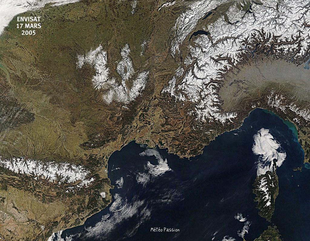 image satellite du Grand Sud de la France lors de la vague de chaleur de mars 2005 météopassion