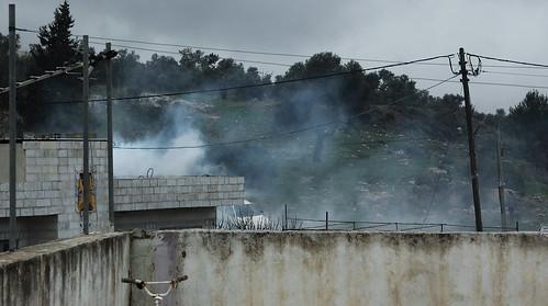 בית מותקף בגז CS, נאבי סלאח