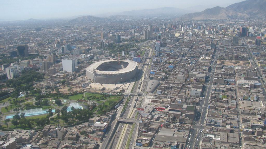 Am rica latina fotos a reas de ciudades fotografias for Puerta 9 del estadio nacional de lima