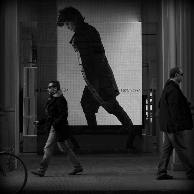Amazing street photography by Laura Malucchi