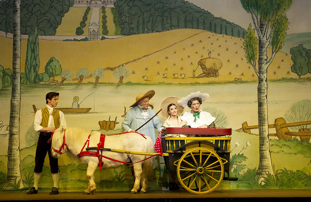 Tristan Dyer leading Peregrine the pony in La Fille Mal Gardee © Tristram Kenton/ROH 2010