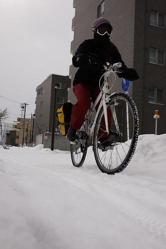 Cycling on snow (Trek 7.5 FX WSD) in Sapporo, Hokkaido, Japan