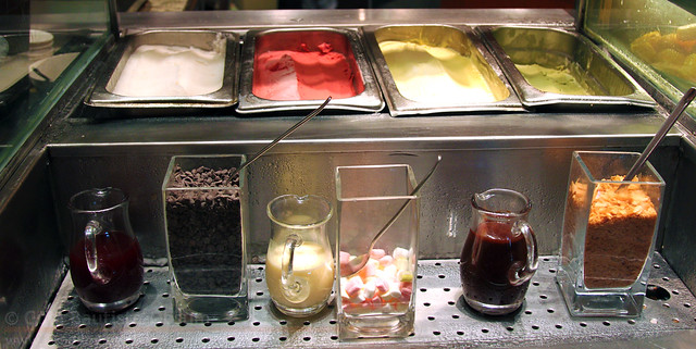Circles ice cream station