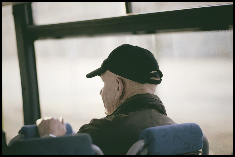 busriding old man