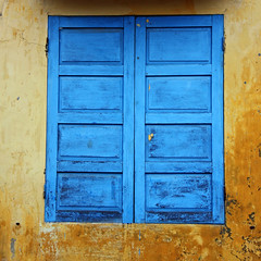 another blue window ... by Zé Eduardo...