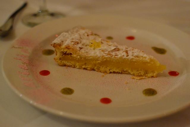 Della Nonna Lemon Torte