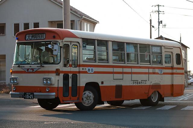 伊予鉄南予バス 日野 K-RL321 大洲病院前行き